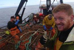 Alaska fishing jobs current vacancies alaskajobfinder for Fishing jobs alaska
